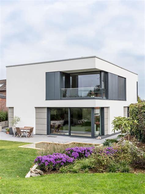 Moderne Häuser Fenster by Fassadengestaltung Sanierung D 228 Mmung H 228 User