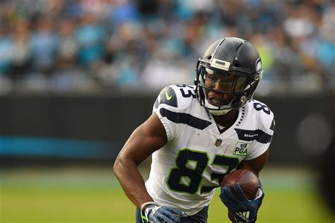seahawks fans  expect  young wrs dk metcalf
