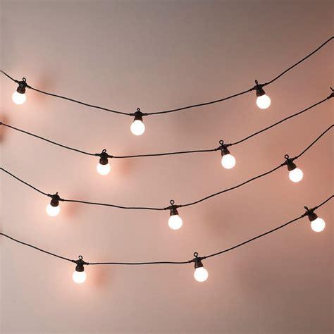 amazing ways  brighten   home  fairy lights