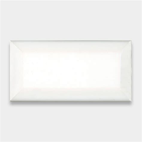 4x8 White Beveled Subway Tile by Manhattan White Subway Tile 3x6
