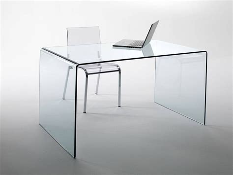 bureau en verre http infabbrica com jour tables tables en verre