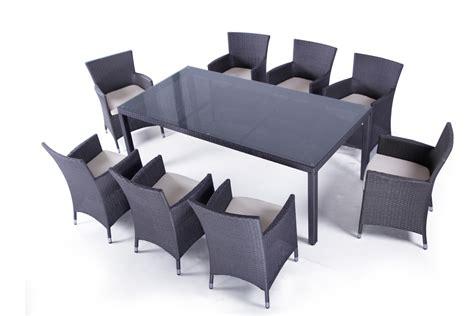 chaise et table de jardin table et chaises de jardin en resine tressee valdiz