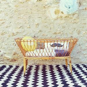 Lit Bebe Rotin : lit b b vintage en rotin hello vintage ~ Teatrodelosmanantiales.com Idées de Décoration