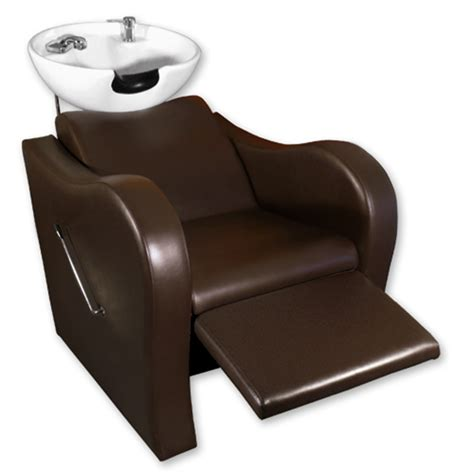 brown shoo chair and bowl wave