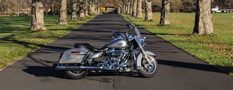 Harley Davidson Road King 4k Wallpapers by Harley Davidson Road King Wallpapers Vehicles Hq Harley
