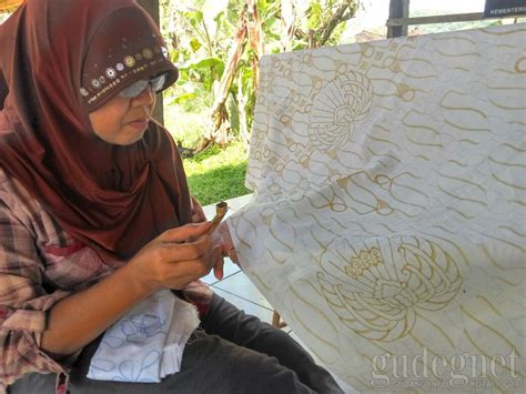 Grosir Spl Skincare Jogja batik tulis jogja galery cantik