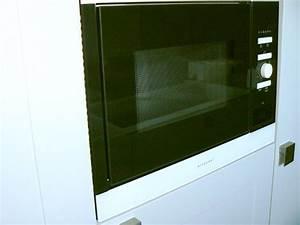 Einbaumikrowelle 50 Cm : einbau mikrowelle aeg mc1752ew 50cm f r h ngeschrank wei mit display neu ebay ~ Orissabook.com Haus und Dekorationen