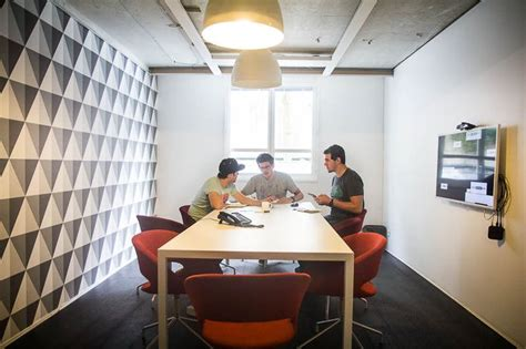 deezer bureau 17 meilleures idées à propos de salles de réunion sur