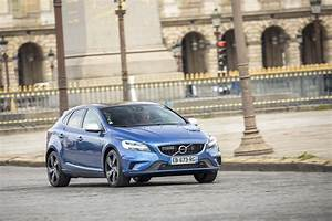 Fiabilité Volvo V40 : essai volvo v40 d3 r design 2016 le test de la v40 restyl e photo 29 l 39 argus ~ Gottalentnigeria.com Avis de Voitures