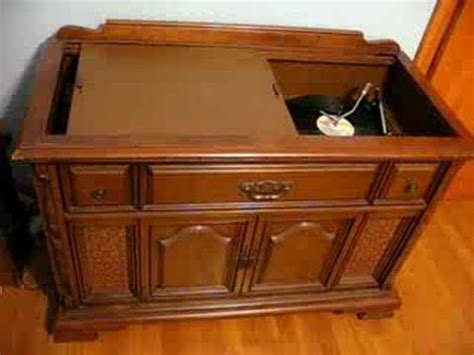 magnavox record player cabinet value image gallery magnavox console