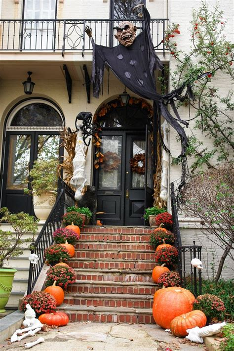 9 Legitimately Spooky Diy Halloween Outdoor Decorations