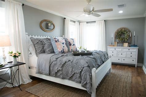 top  fixer upper bedrooms daily dose  style