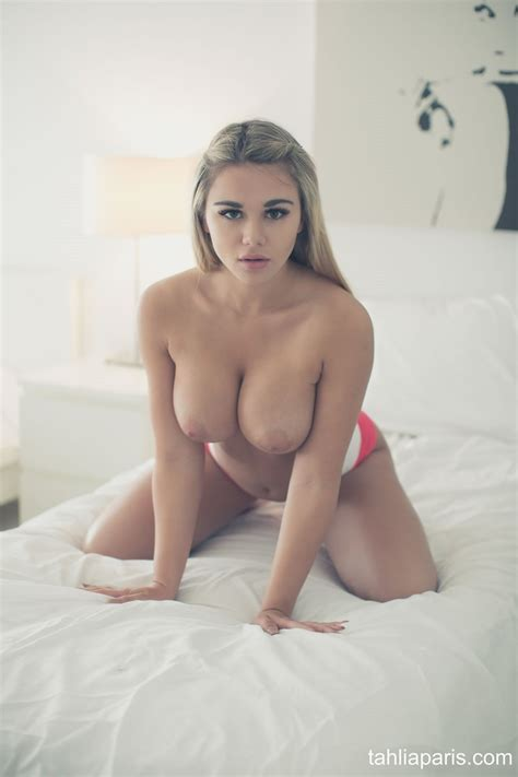 Tahlia Paris Pink Panties Fine Hotties Hot Naked Girls Celebrities And Hd Porn Videos