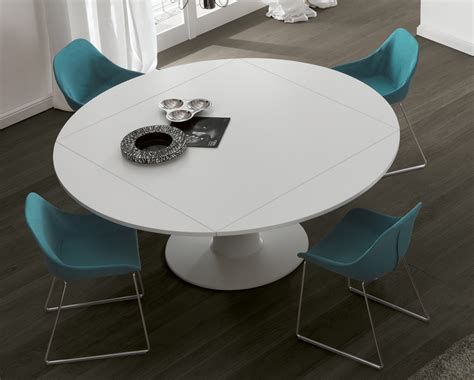 Jesse Moon Dining Table   Round Extending Dining Tables