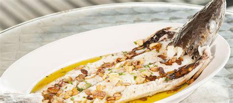 cuisiner le merluchon merlu de ligne à l 39 espagnole le merlu de ligne de st jean de luz