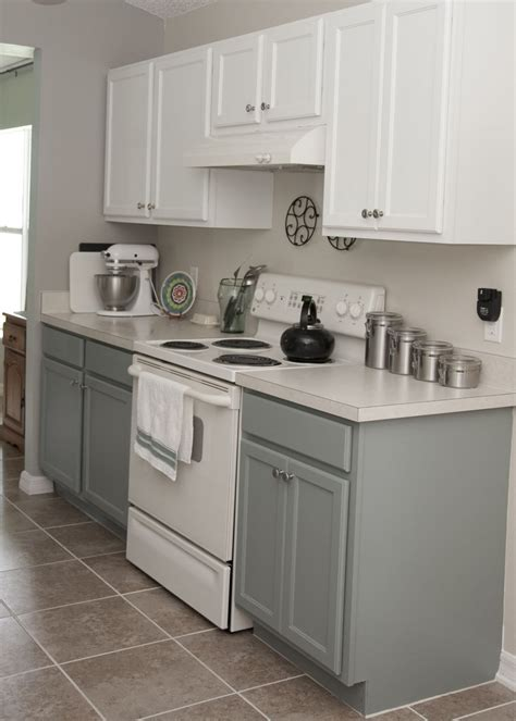 Combine white uppers + black lowers. 8 Kitchen Cabinets White On Top Gray On Bottom | Home Design