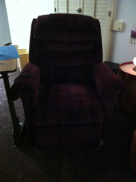 pr 756l relaxer large lift chair by golden technologies