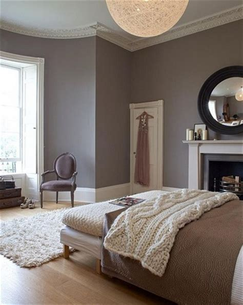 Grey Master Bedroom Ideas by 20 Grey Bedrooms Messagenote