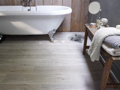 renover sa cuisine en bois relooker sa salle de bains à moins de 500 travaux com
