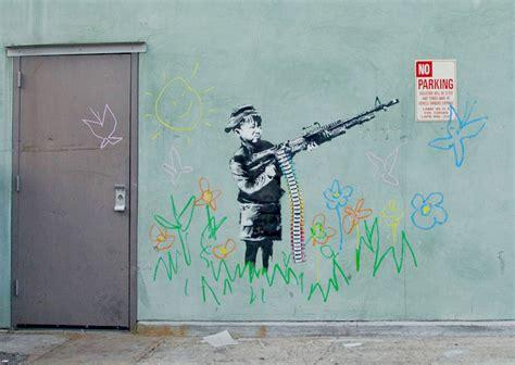 Billboard Graffiti banksy la mickey mouse billboard 818 x 580 · jpeg