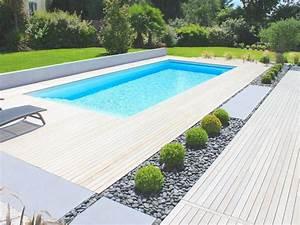 la piscine paysagee par l39esprit piscine 95 x 4 m With carrelage plage piscine gris 7 la plage de la piscine piscines hydro sud