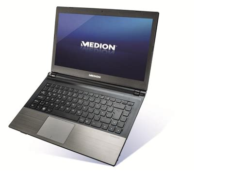 aldi verkoopt nieuwe medion  windows  ultrabook voor