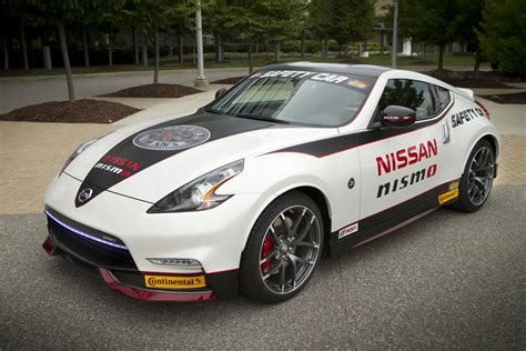 gt  nismo   nismo safety car  display