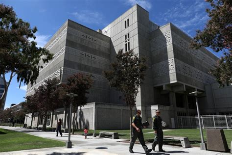 Court orders 50% reduction at Orange County jails due to ...