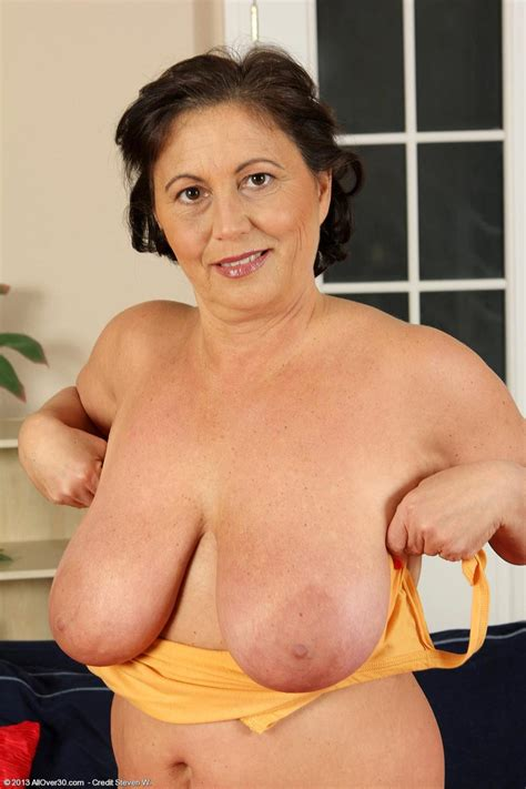 Monster Tits Milf 55094 sexy Curvy mature With Monster Na