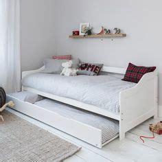 hemnes daybed   drawers mattresses white