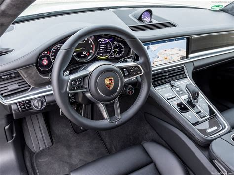 (5 reviews) 2019 porsche panamera. Porsche Panamera Turbo S E-Hybrid Sport Turismo (2018) - picture 142 of 195 - 1280x960