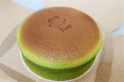 jiggly   japanese cheesecake craze bounces