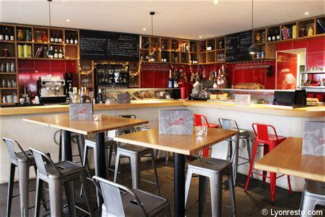Le Comptoir Des Vins Lyon by La Goutte Restaurant Lyon R 233 Server Horaires