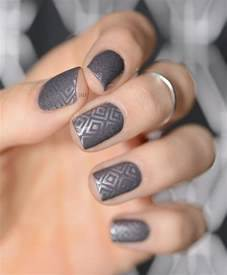 The classic grey polish stylish picks for nail designs
