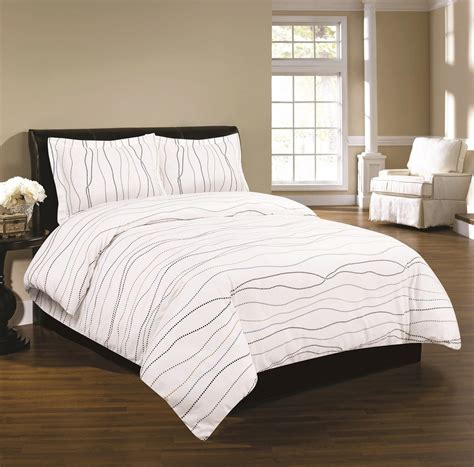 flannel duvet cover luxury 170 gsm dot printed flannel duvet cover set at