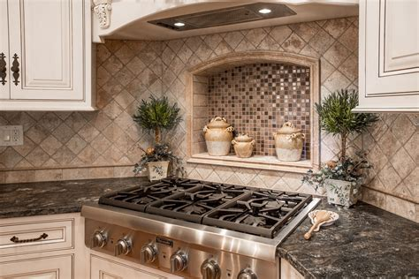 Custom Backsplashes For Kitchens : Custom-kitchen-backsplash-remodeling