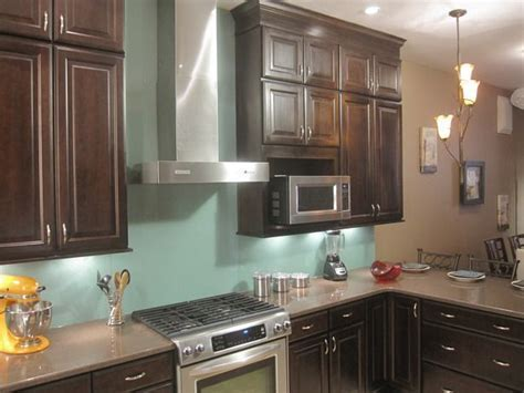 How to Install a Solid Glass Backsplash   Diy network