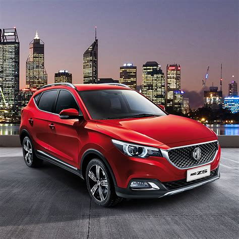 It is available in 6 colors, 4 variants, 1 engine, and 2 transmissions option: MG ZS » CMG Motors