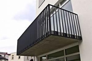 balkongelander schwarz kreative ideen fur With garten planen mit flachstahl geländer balkon