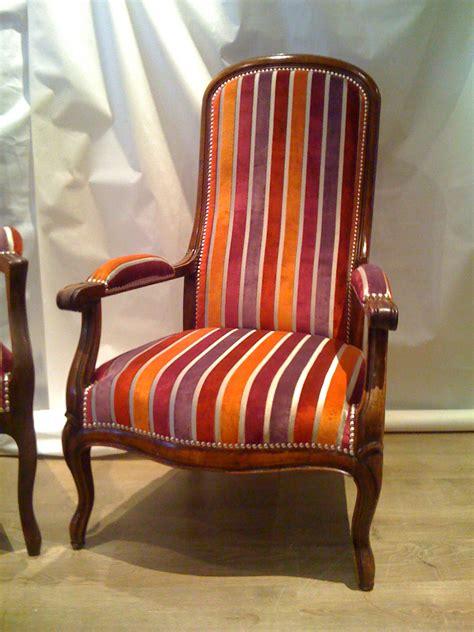 tapissier canap prix d un fauteuil voltaire ancien 28 images fauteuil