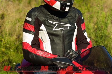 Top 10 Features To Look For In Motorcycle Jackets
