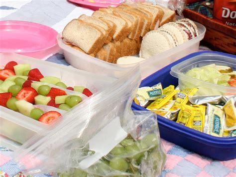 easy picnic food easy outdoor entertaining plan a picnic potluck hgtv