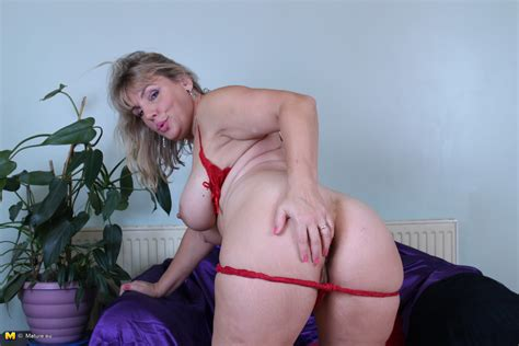 british Housewife Danielle Mannaken Wiggles Her Curvy ass And Shows Huge Bra Busters In Red Lingerie