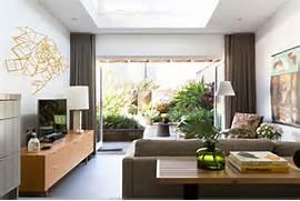 Interior Designing by Colorful Modern Living Room Interior Design Ideas