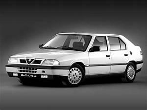 Alpha Romeo 33 : alfa romeo alfa 33 classic car review honest john ~ Maxctalentgroup.com Avis de Voitures