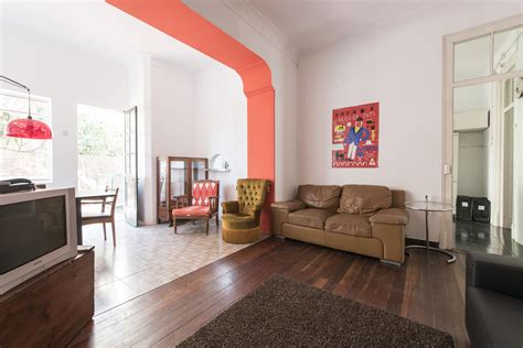 Single Room In Awesome House With 7 Rooms, Living Room