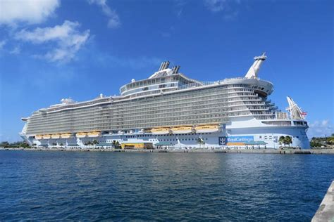 Cruise Ship Allure Pictures | Fitbudha.com