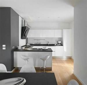 Weiße Arbeitsplatte Küche : wei e k che dunkle arbeitsplatte heller boden h uschen pinterest ~ Sanjose-hotels-ca.com Haus und Dekorationen