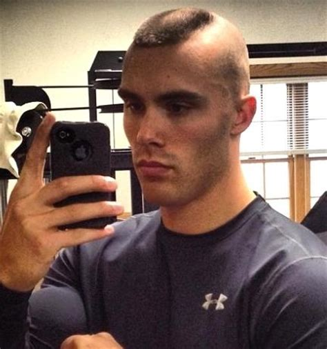 horseshoe haircut