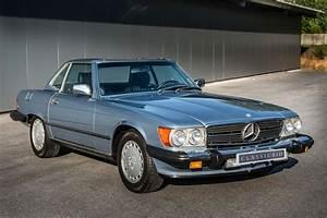 Mercedes 560 Sl : mercedes benz 560 sl classicbid ~ Melissatoandfro.com Idées de Décoration